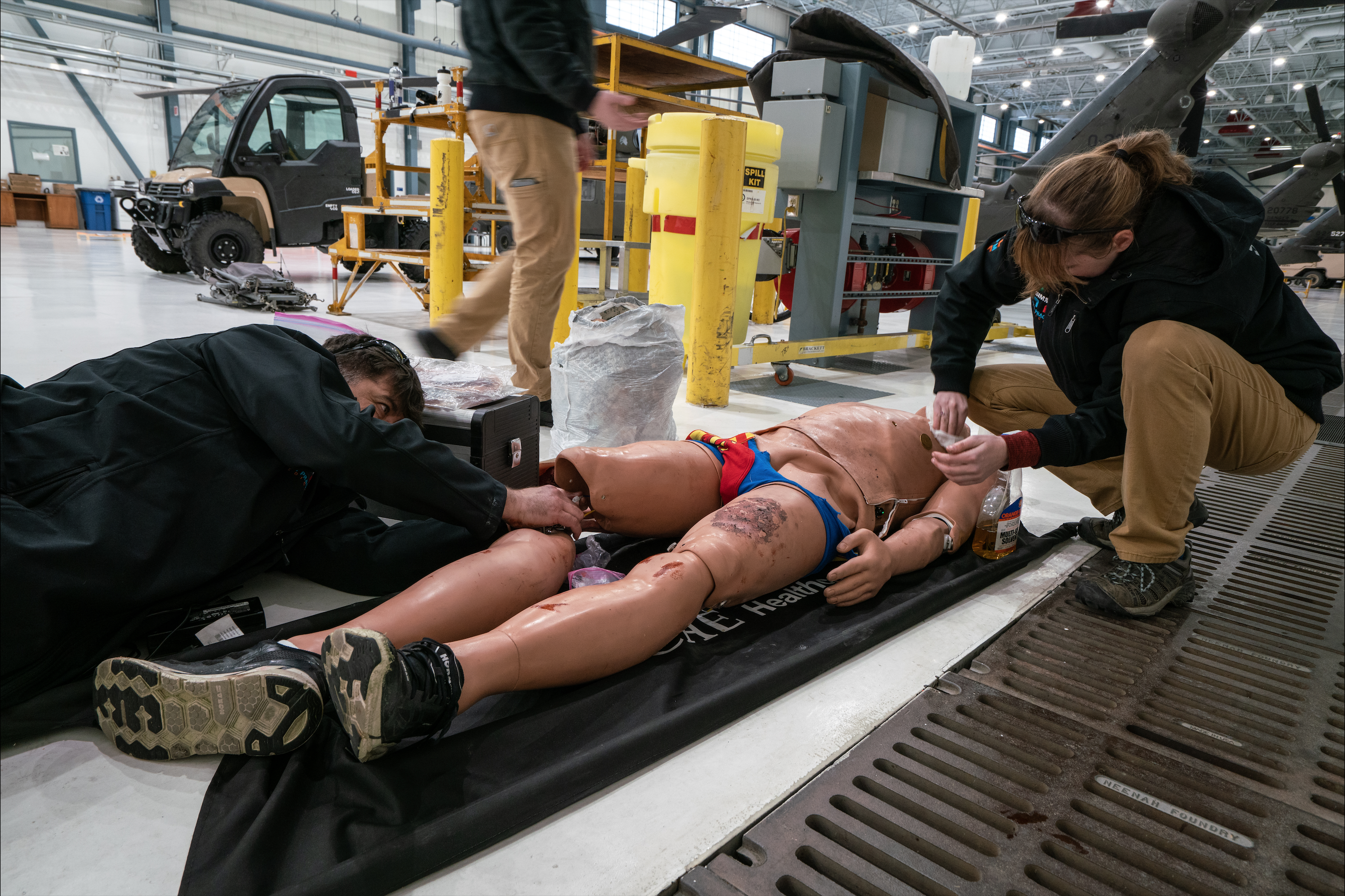SIM-MT team rigging up a high-fidelity mannequin for Simulation